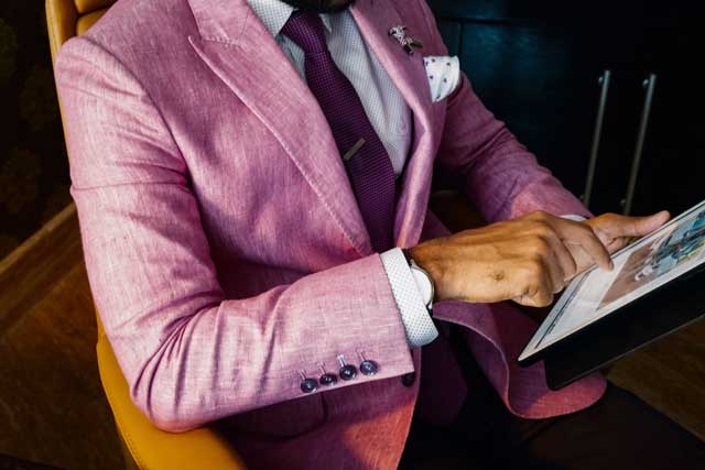 how to select suiting fabrics
