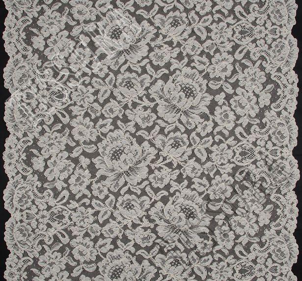 Lyon Lace #3