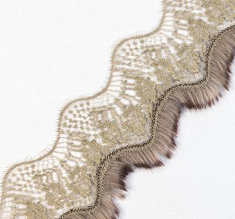 Chantilly Lace Fur Trim #1