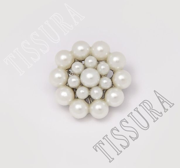 Pearl Buttons #1
