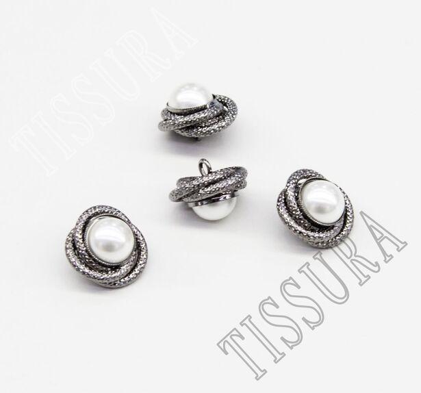 Pearl Button #3